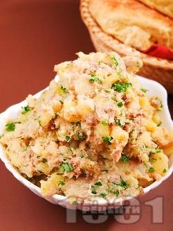 Картофена салата с риба тон - снимка на рецептата
